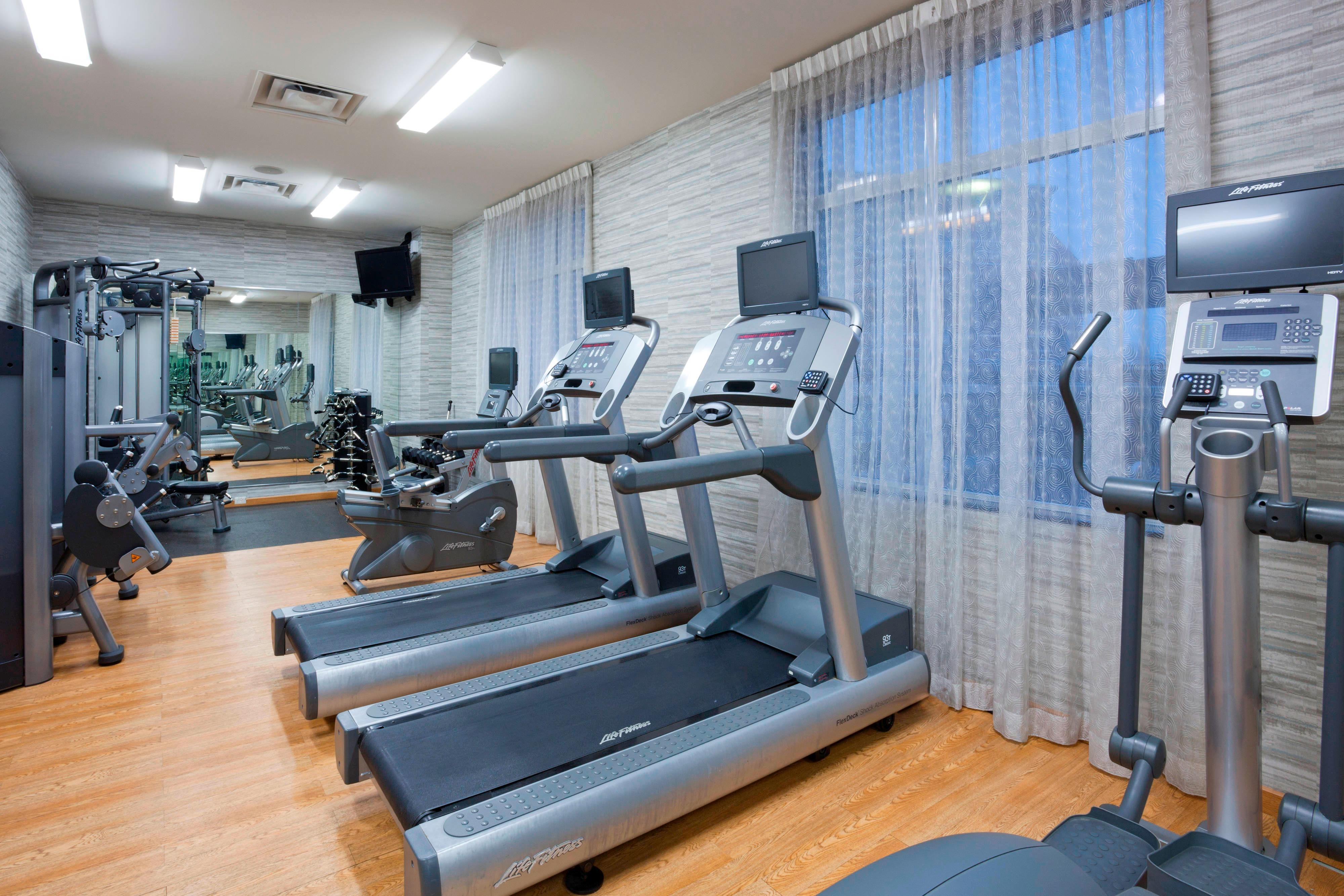 Maple Grove, MN Hotel Fitness Room