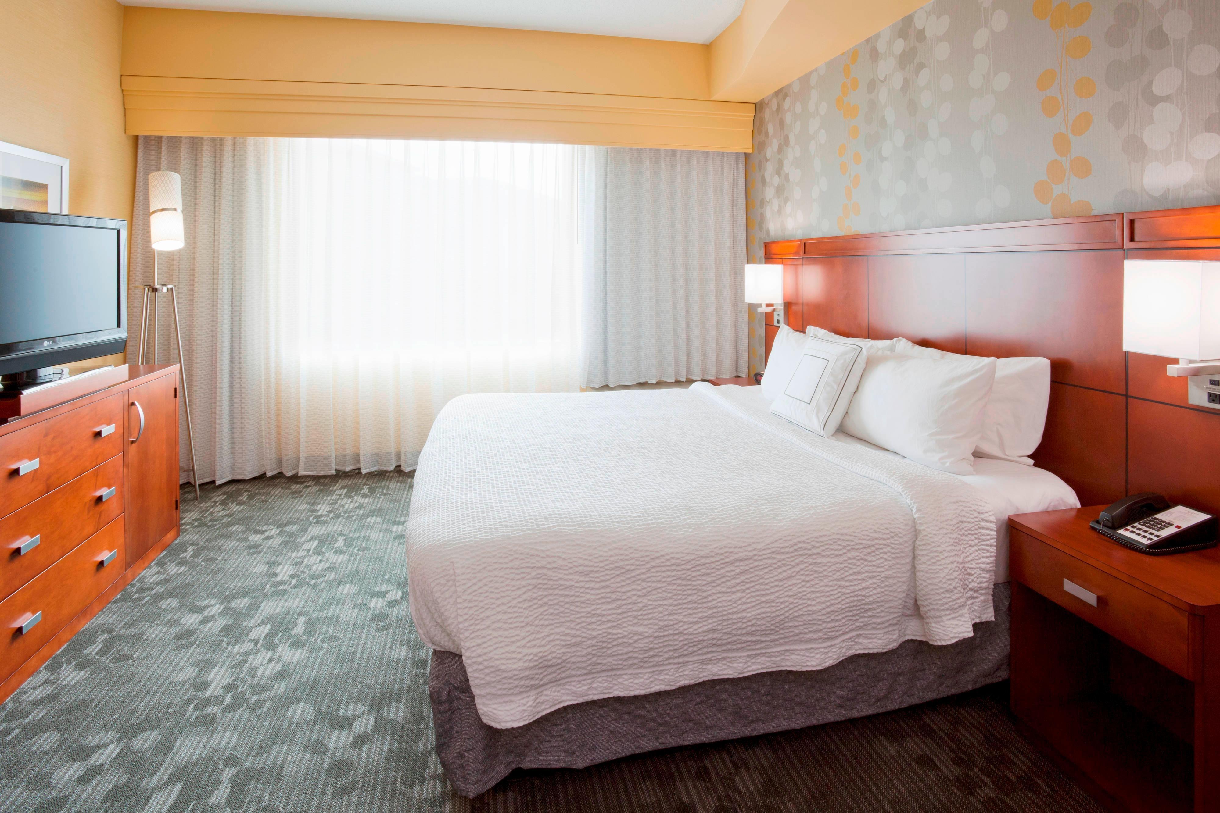 Chambre Exécutive avec très grand lit-lit