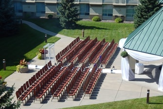 Outdoor wedding venue in Bloomington