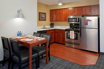 Suite Kitchen & Dining Area
