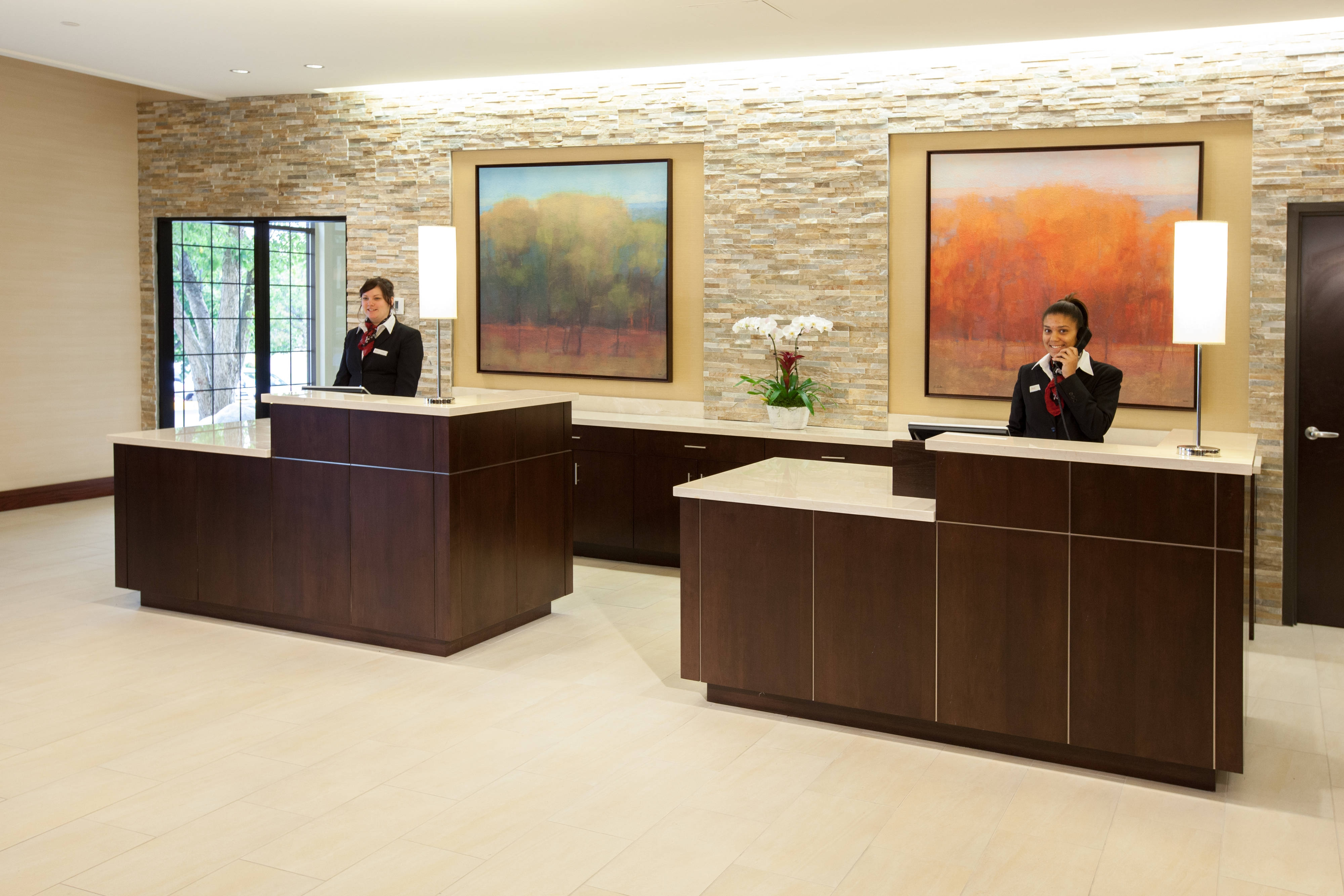 Minneapolis Marriott Northwest Front Desk