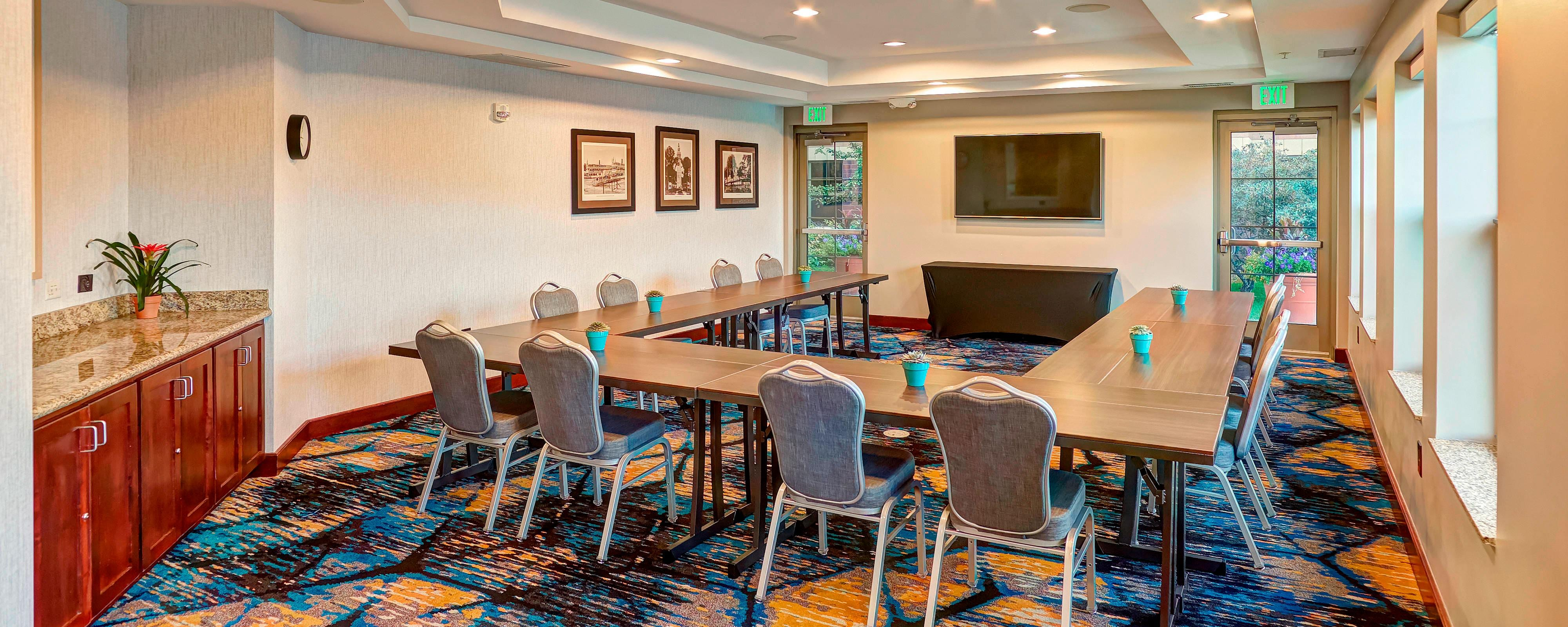 Hotels With Meeting Rooms In Minneapolis Mn