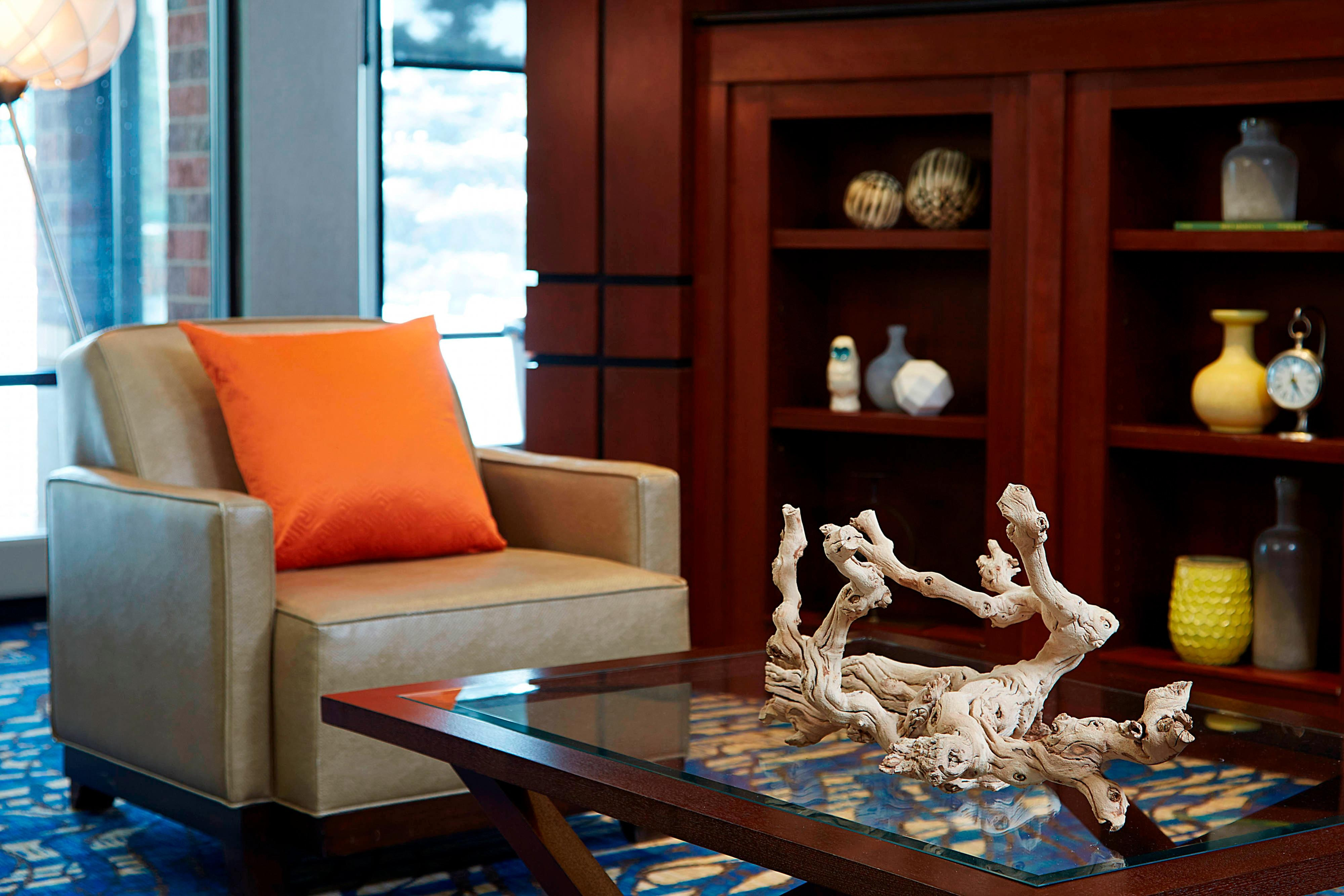 Lobby - Sitting Area Detail