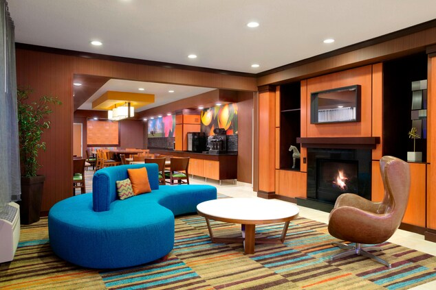 Lobby Seating, Fireplace