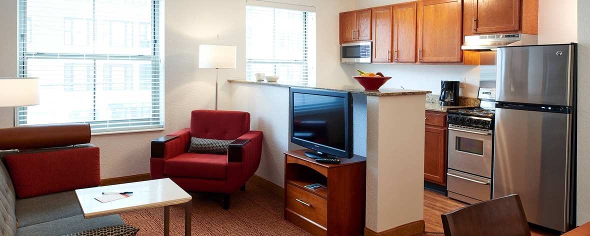Hotels in Downtown Minneapolis - TownePlace Suites North Loop