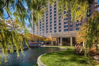 Hotels near Eden Prairie MN