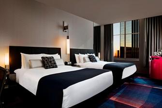 Wonderful Queen/Queen Beds Guest Room