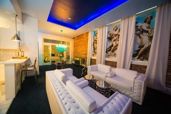 Michael Suite – Living Area