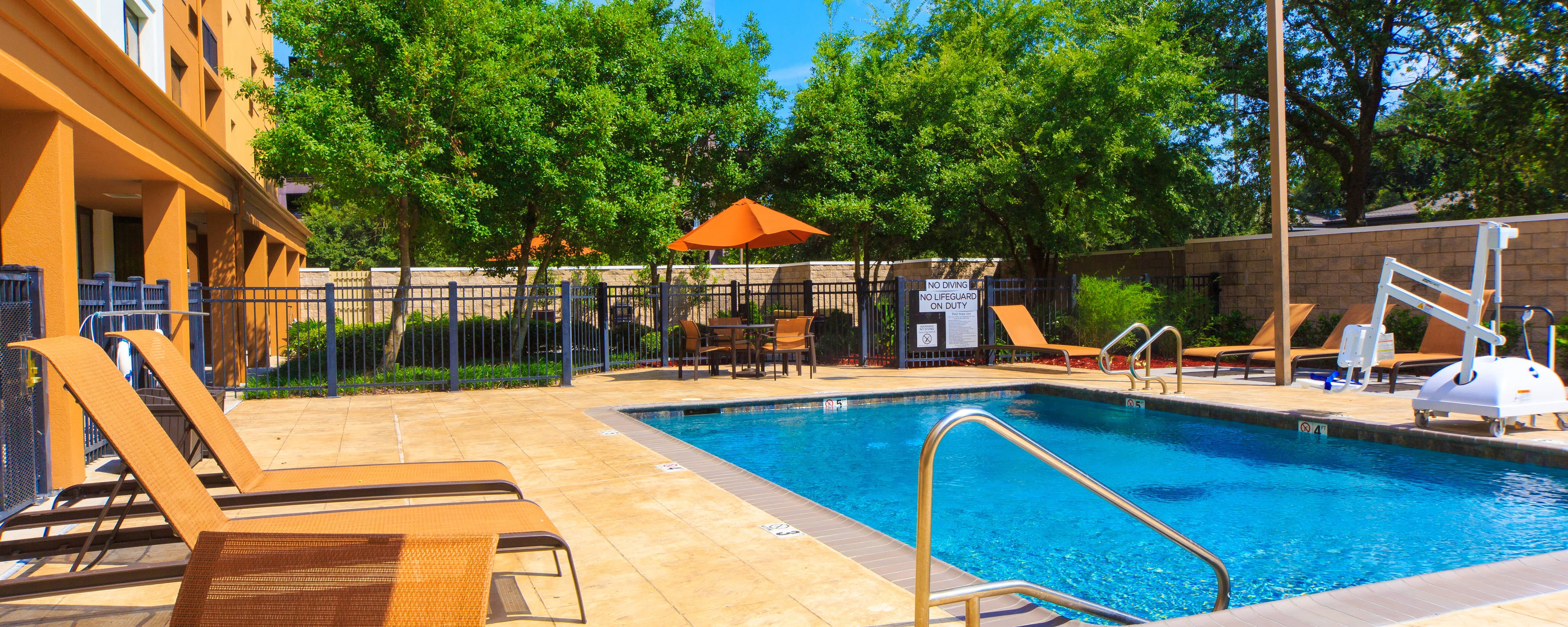 Hotelpool in Metairie