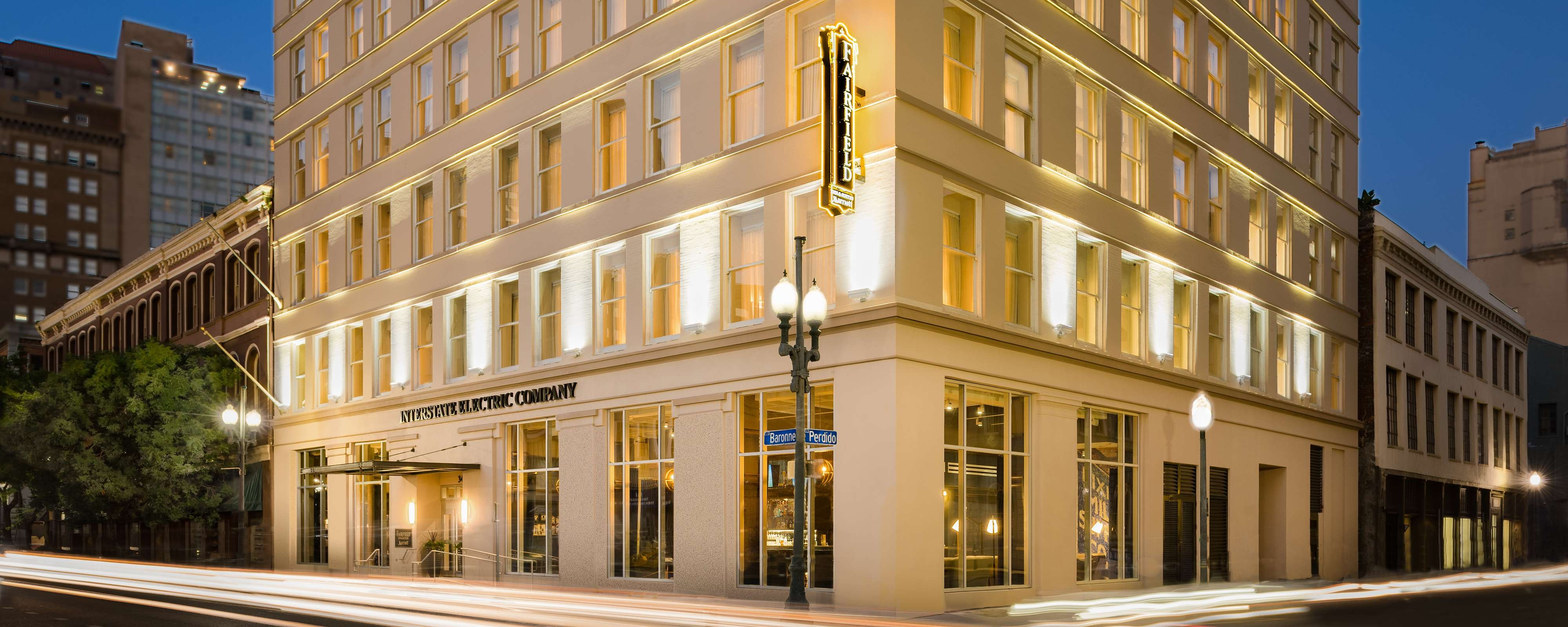 Hotels In Downtown New Orleans Fairfield Inn New Orleans