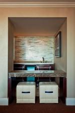 Executive Suite - Bar