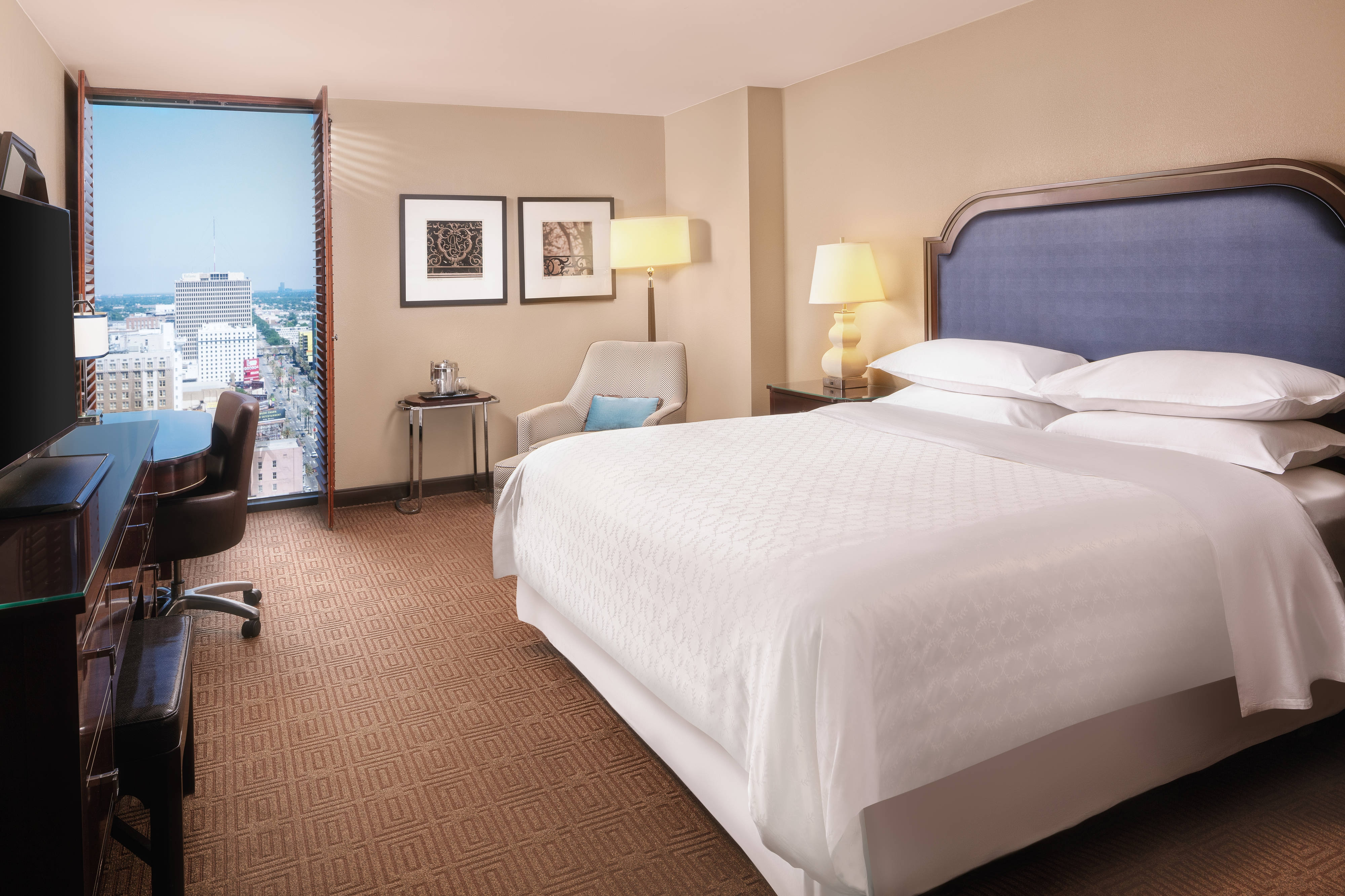 King Guest Room - French Quarter View