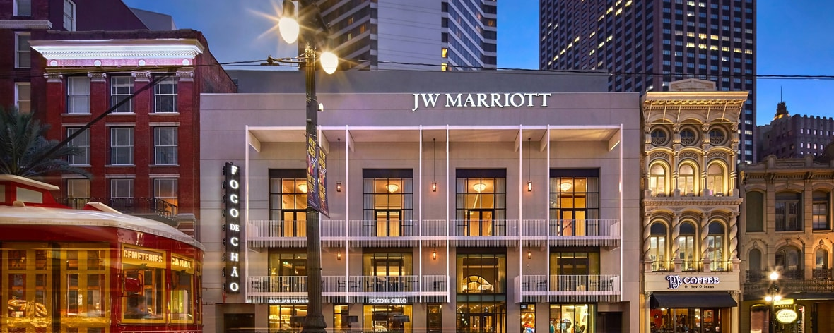 Marriott New Orleans Map.Luxury Nola Hotel On Canal Street Jw Marriott New Orleans