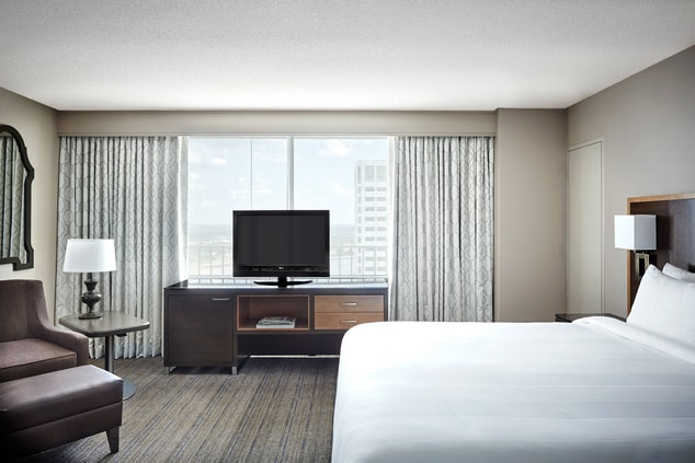 New Orleans Hotels Executive Guest Room