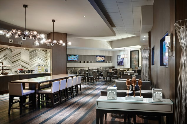 New Orleans Hotels M Club Lounge