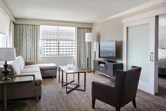 New Orleans Hotels Crescent City Suite