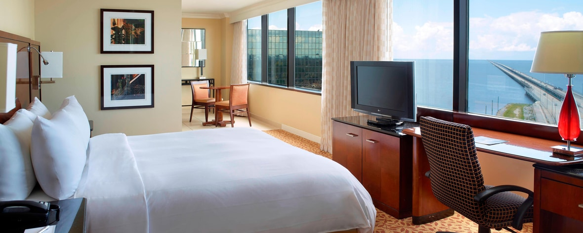 Hotels Near Metairie La