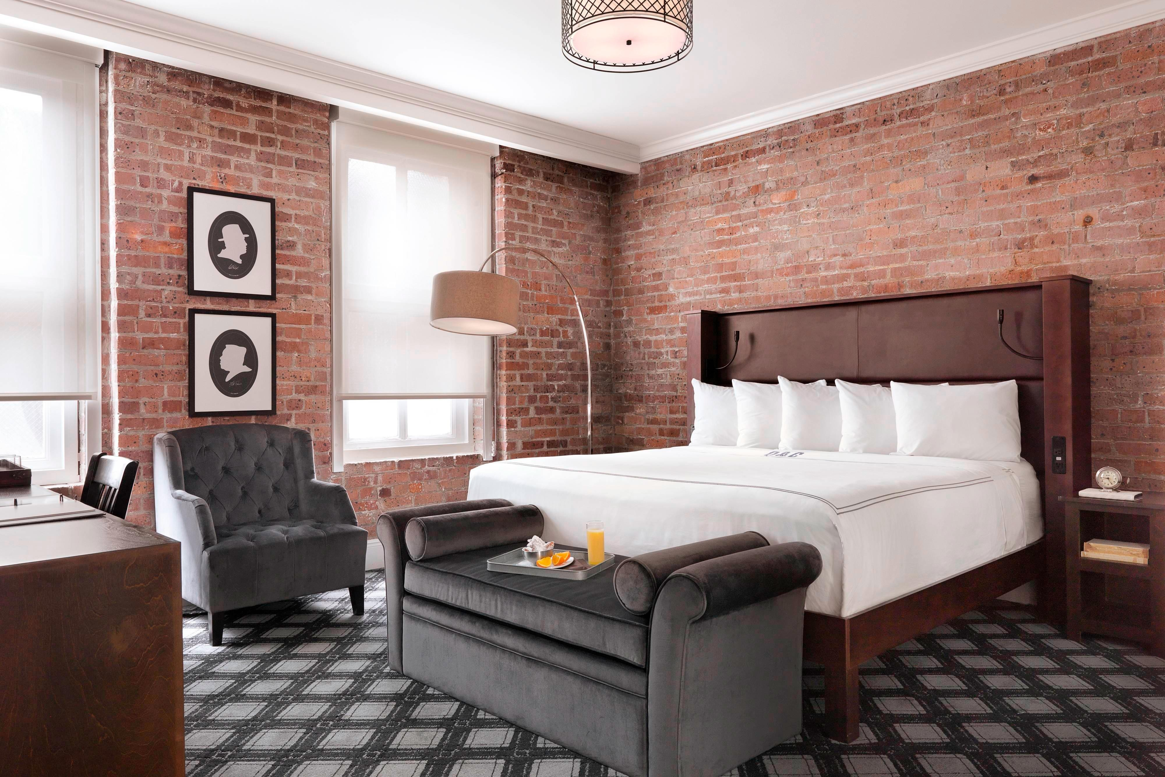 Q&C New Orleans - Superior King Guest Room