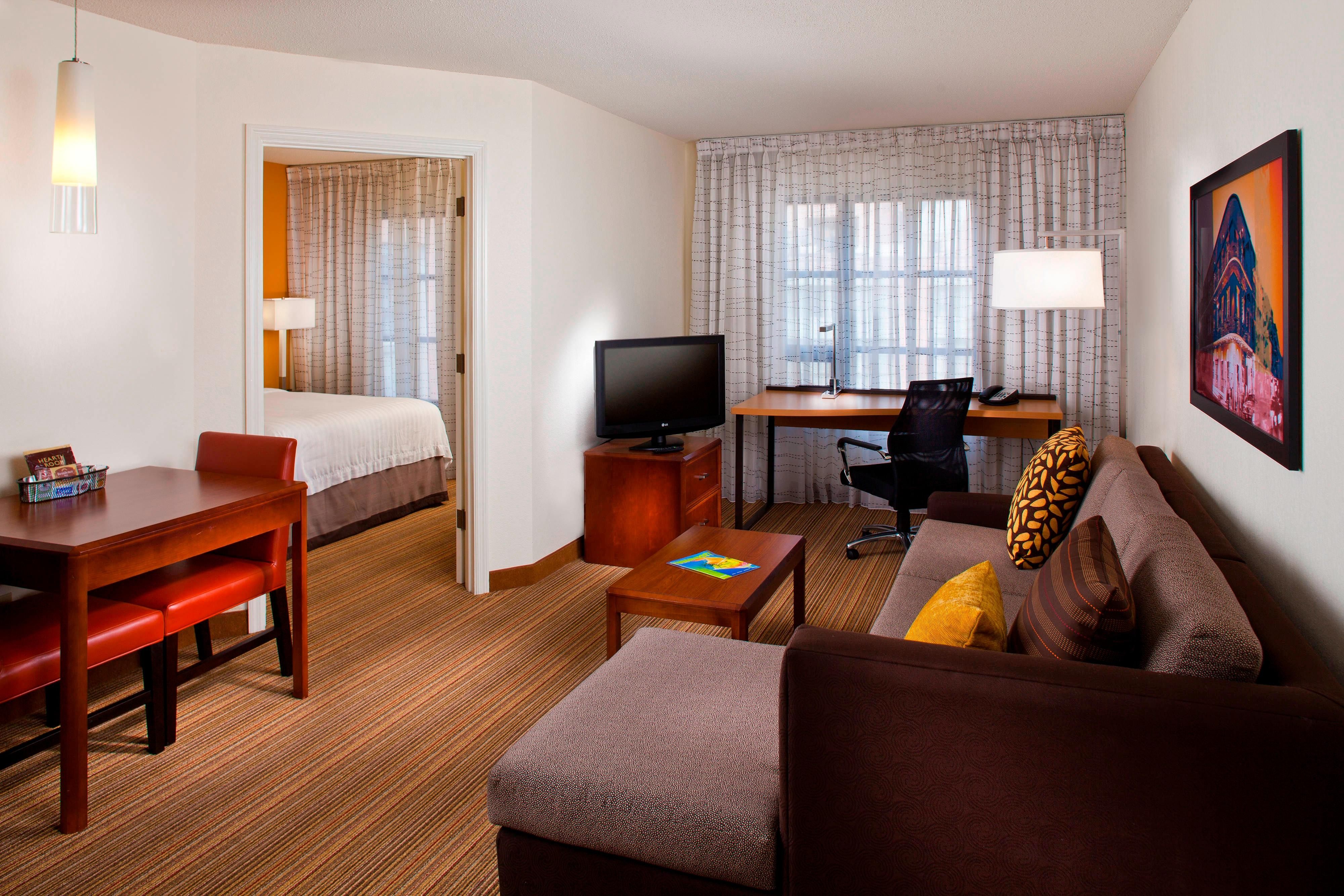Two Bedroom Suites In New Orleans Downtown New Orleans Hotels Residence Inn New Orleans