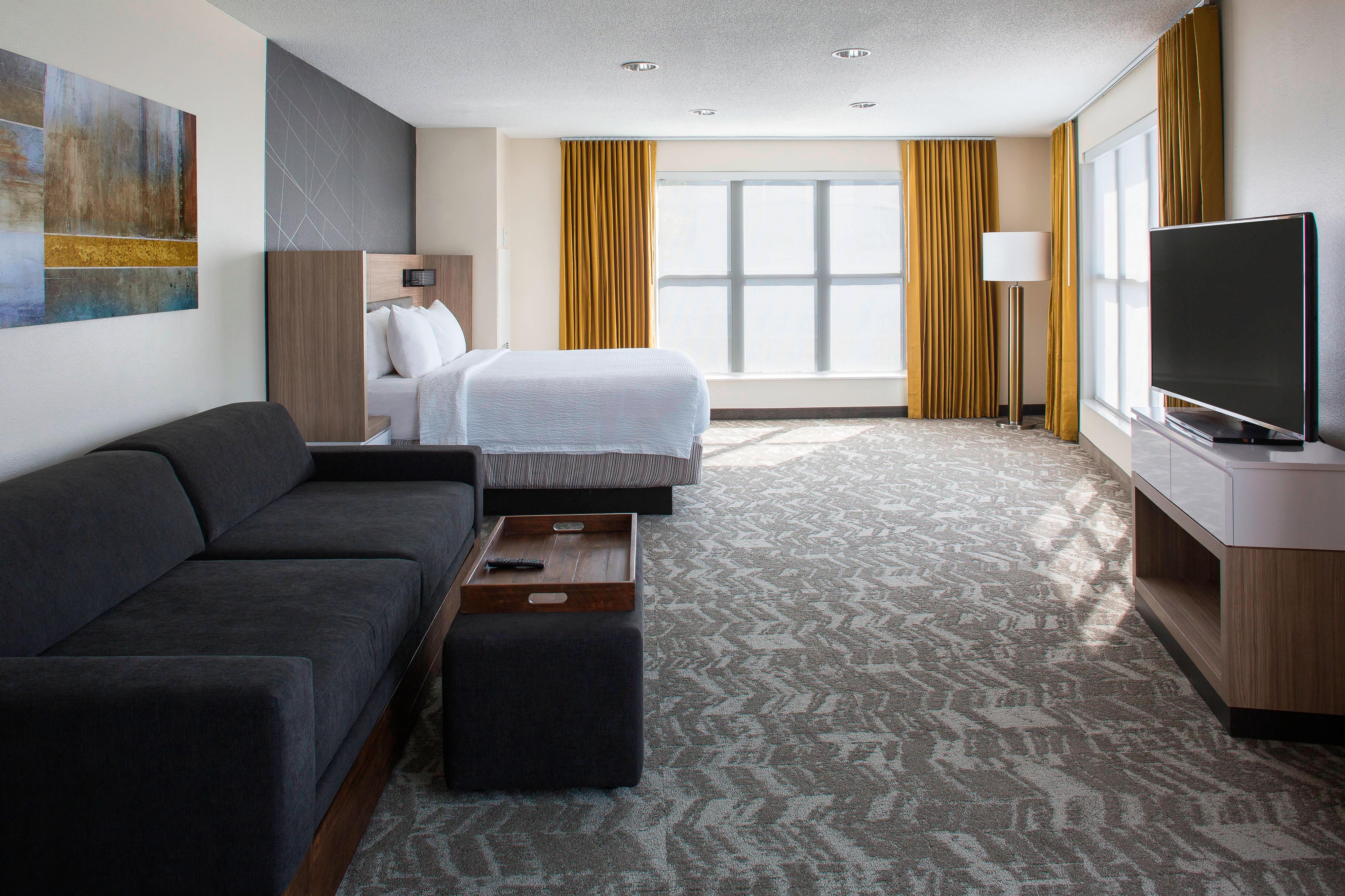Downtown suites in new orleans la springhill suites new - Suites in new orleans with 2 bedrooms ...
