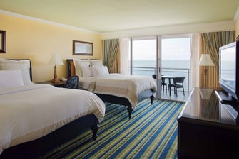 Double/Double Guest Room with Bay View