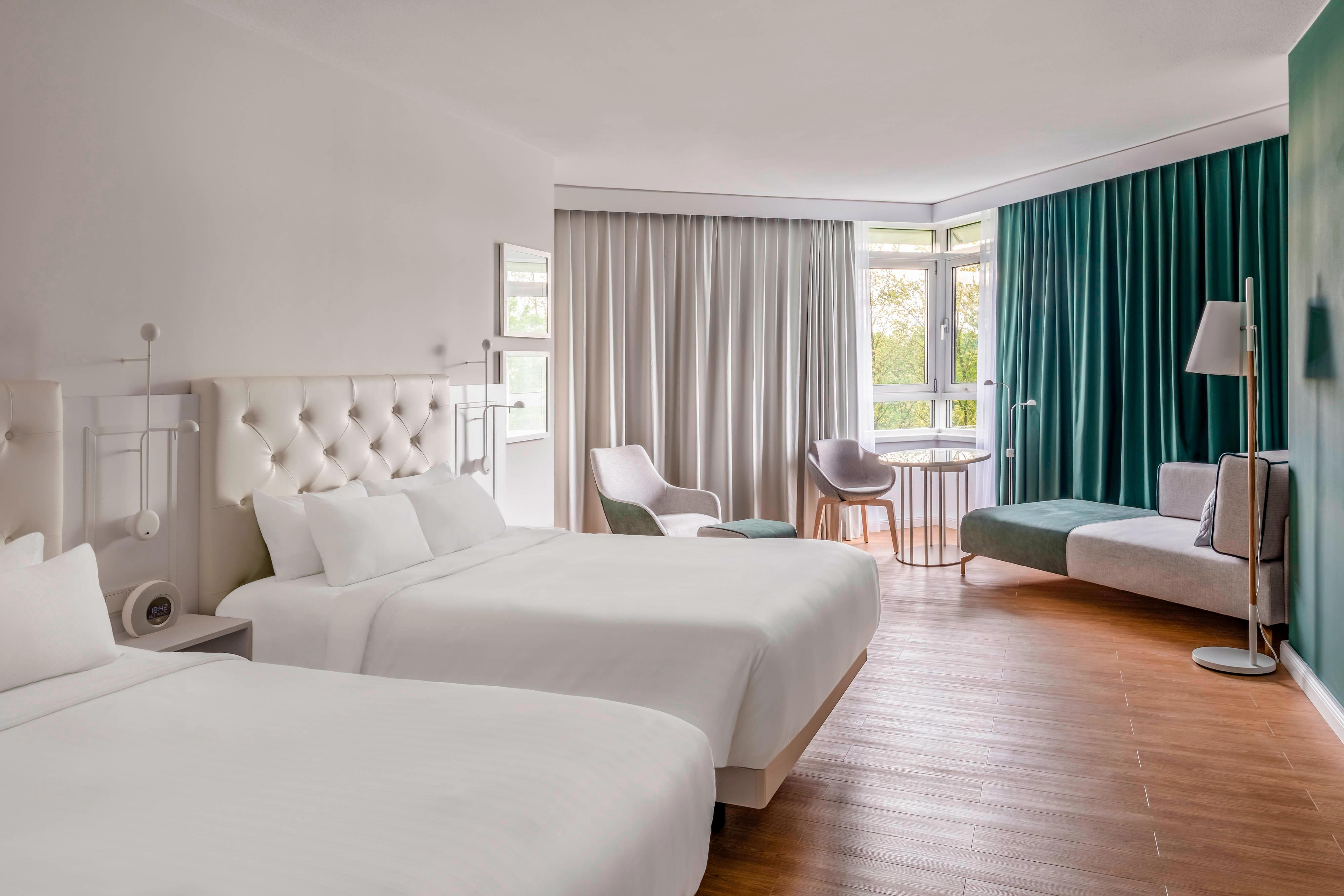 Представительский номер с двумя двуспальными кроватями (Double)