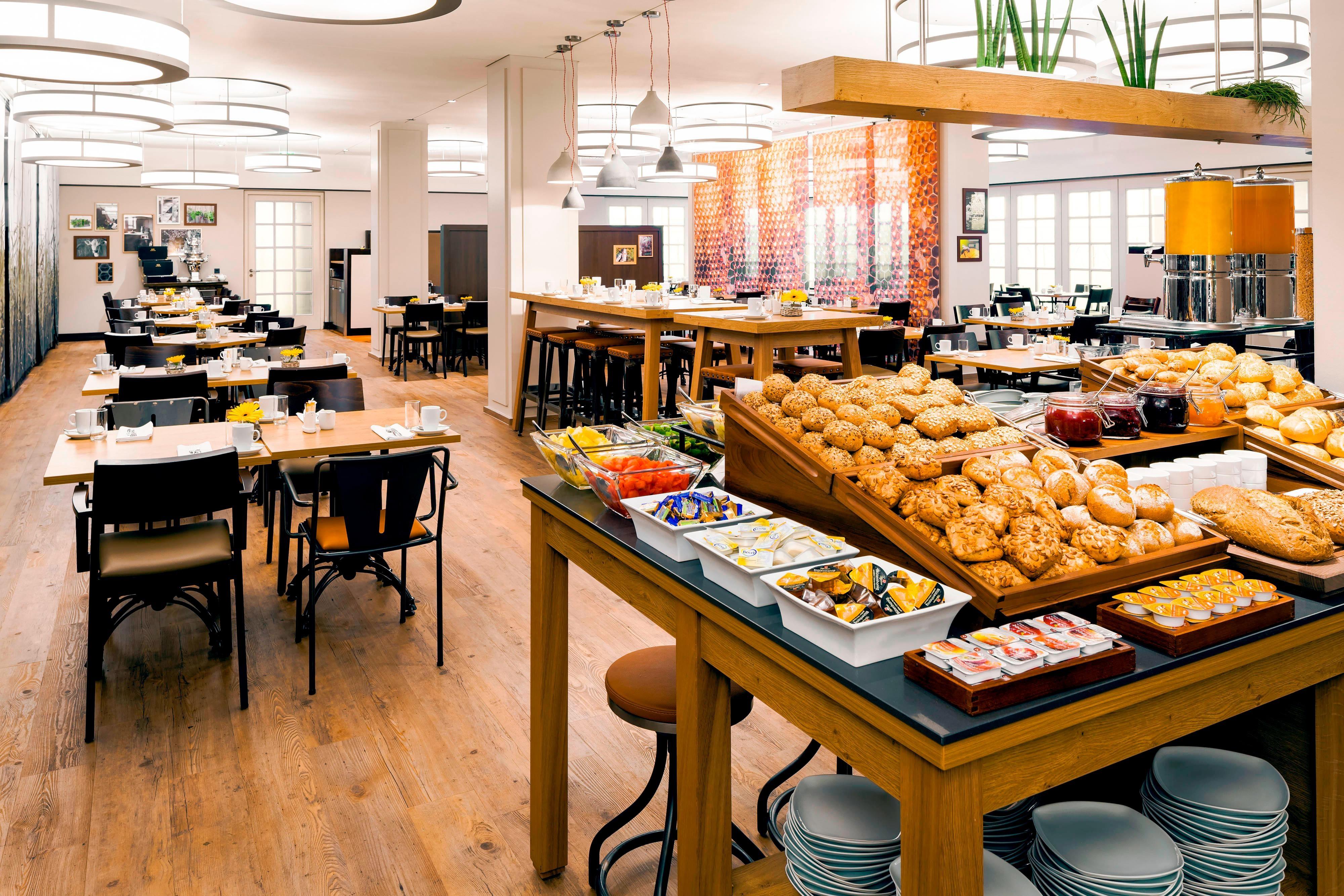 Frühstücksbüfett im Hotel in München