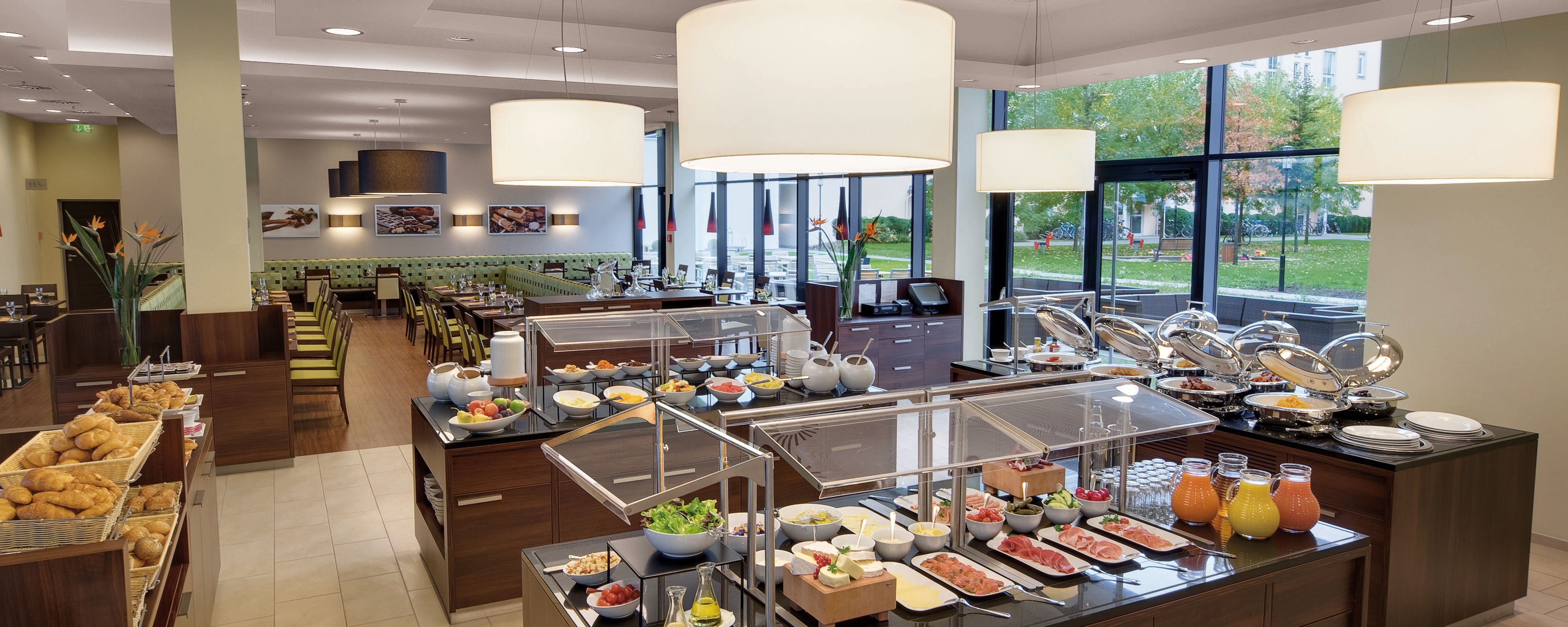 Breakfast Marriott Courtyard Hotel Munich