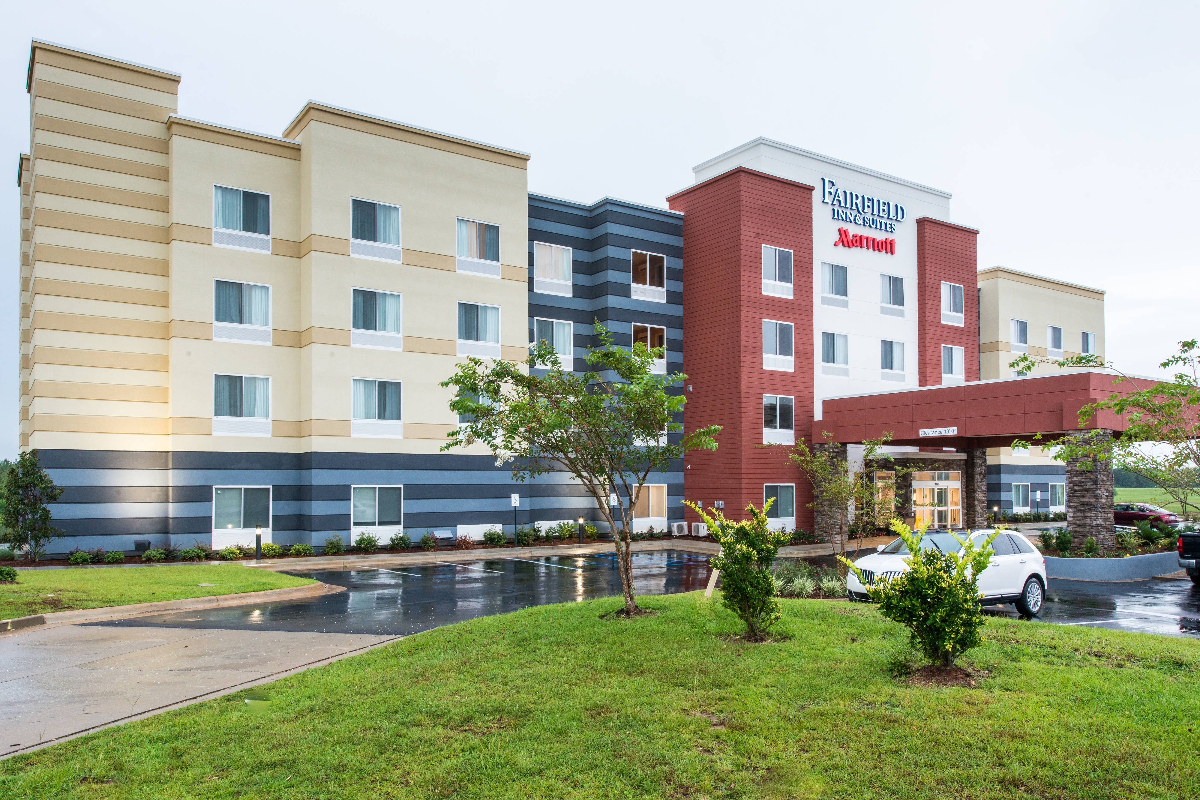 Fairfield Inn & Suite Atmore Entrance