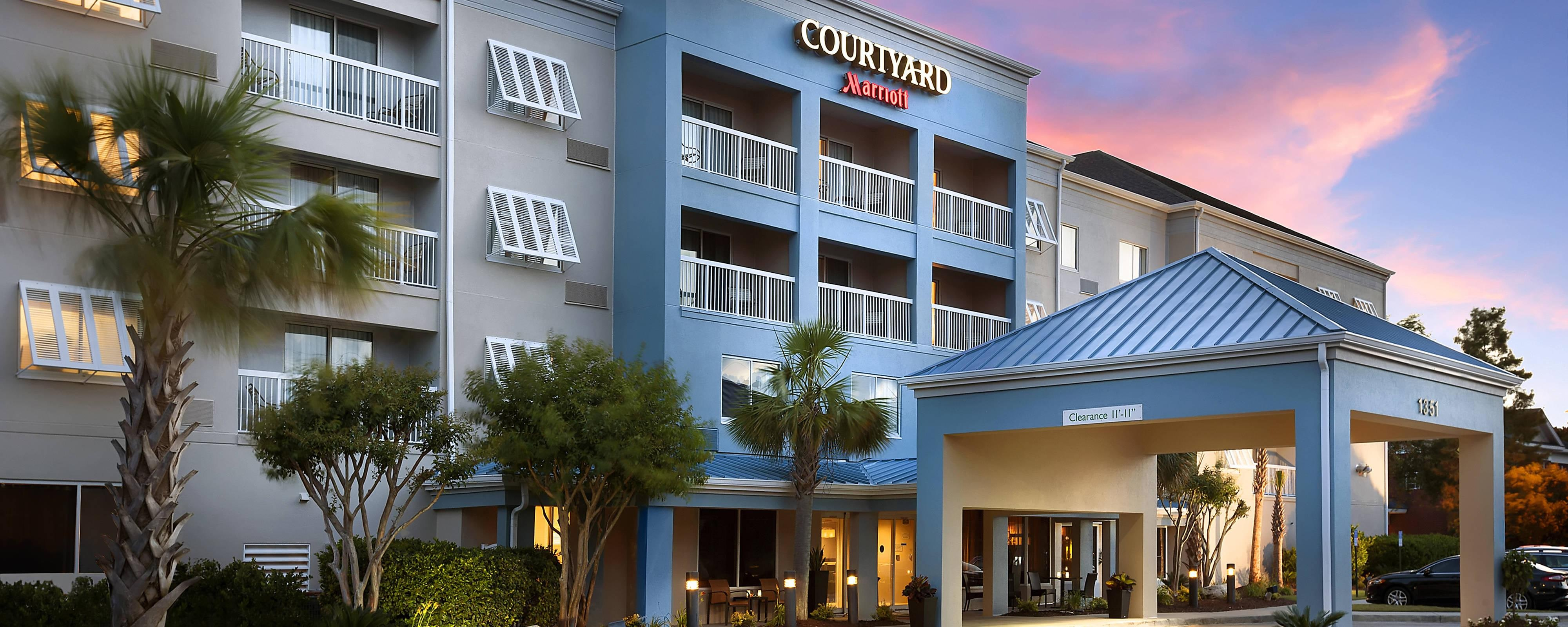 Broadway At The Beach And Myrtle Beach Hotels Courtyard Myrtle Beach Broadway