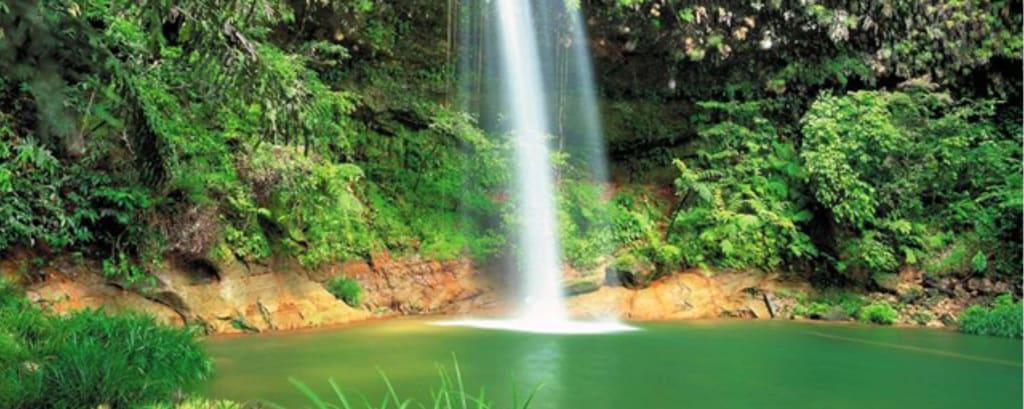 Lambir Wasserfall in Miri, Sarawak
