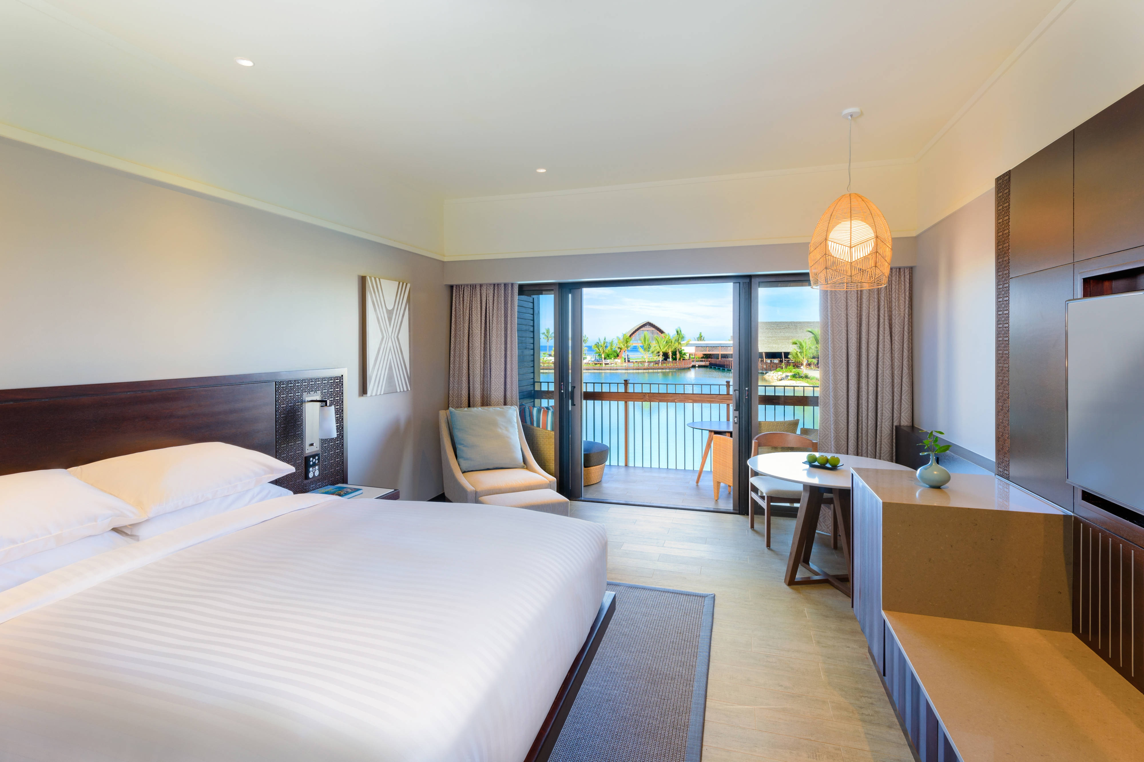 King Lagoon View Deluxe Guest Room