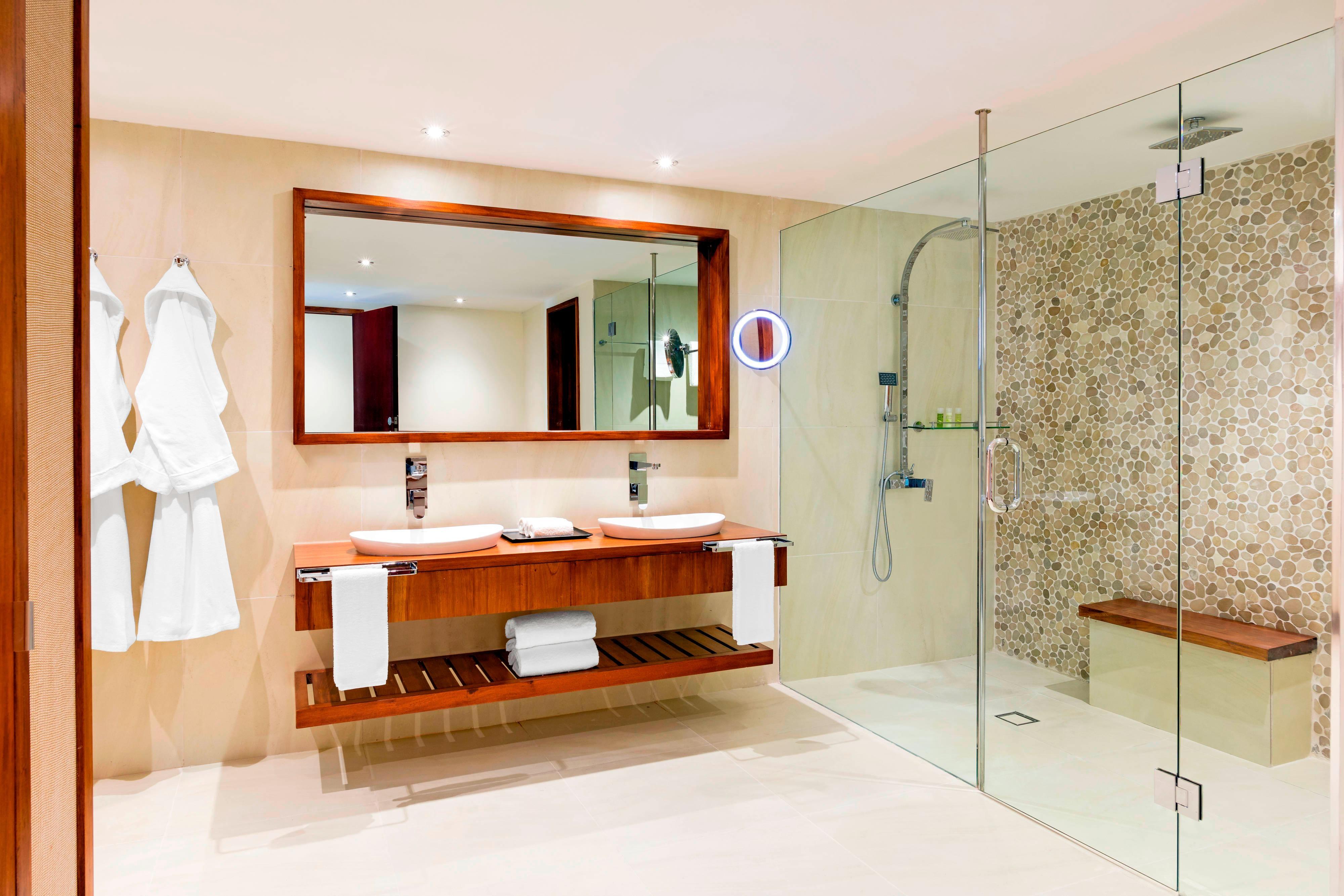 Westin Renewal Spa Suite - Bathroom