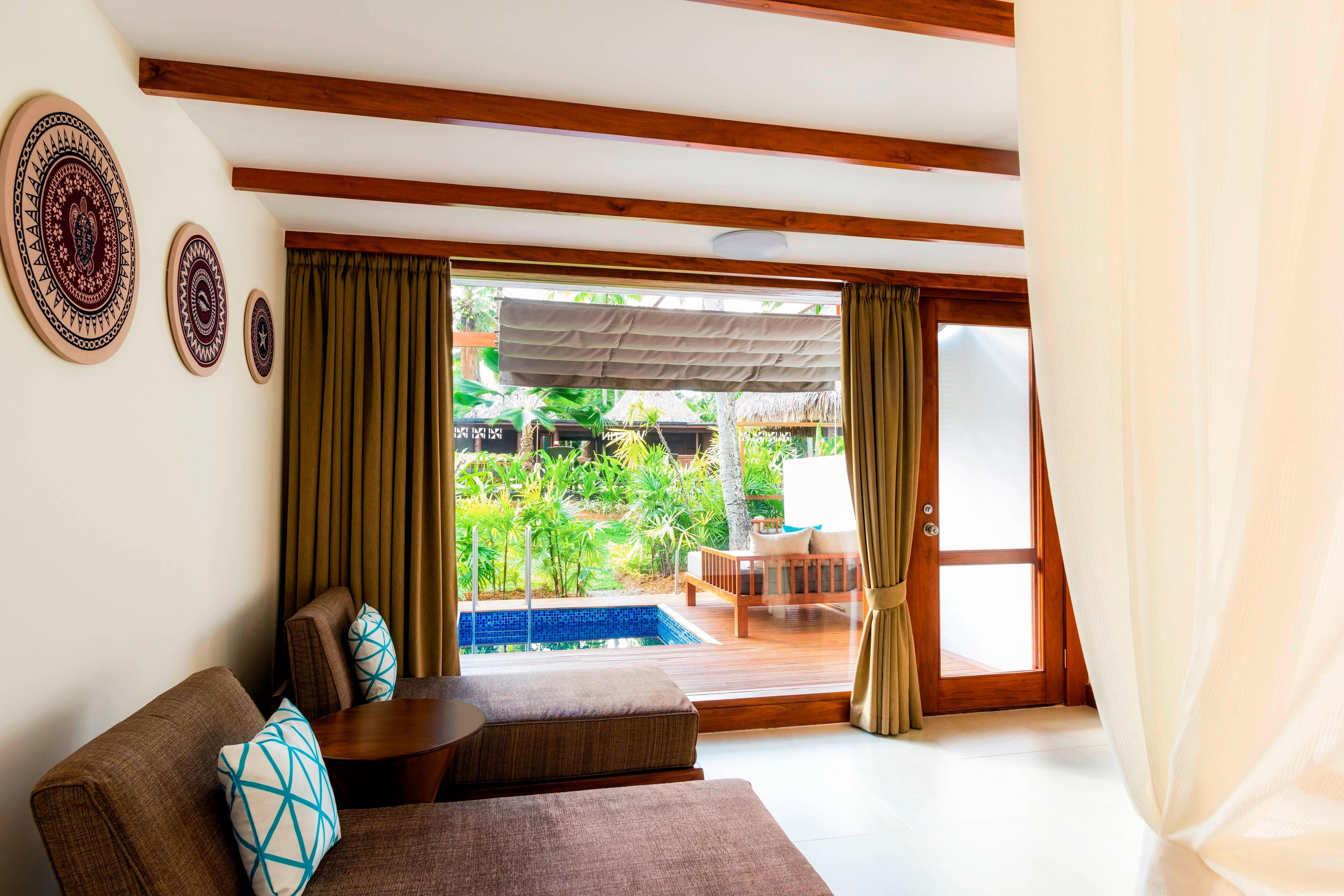 Westin Renewal Spa Studios - Bedroom & Private Patio