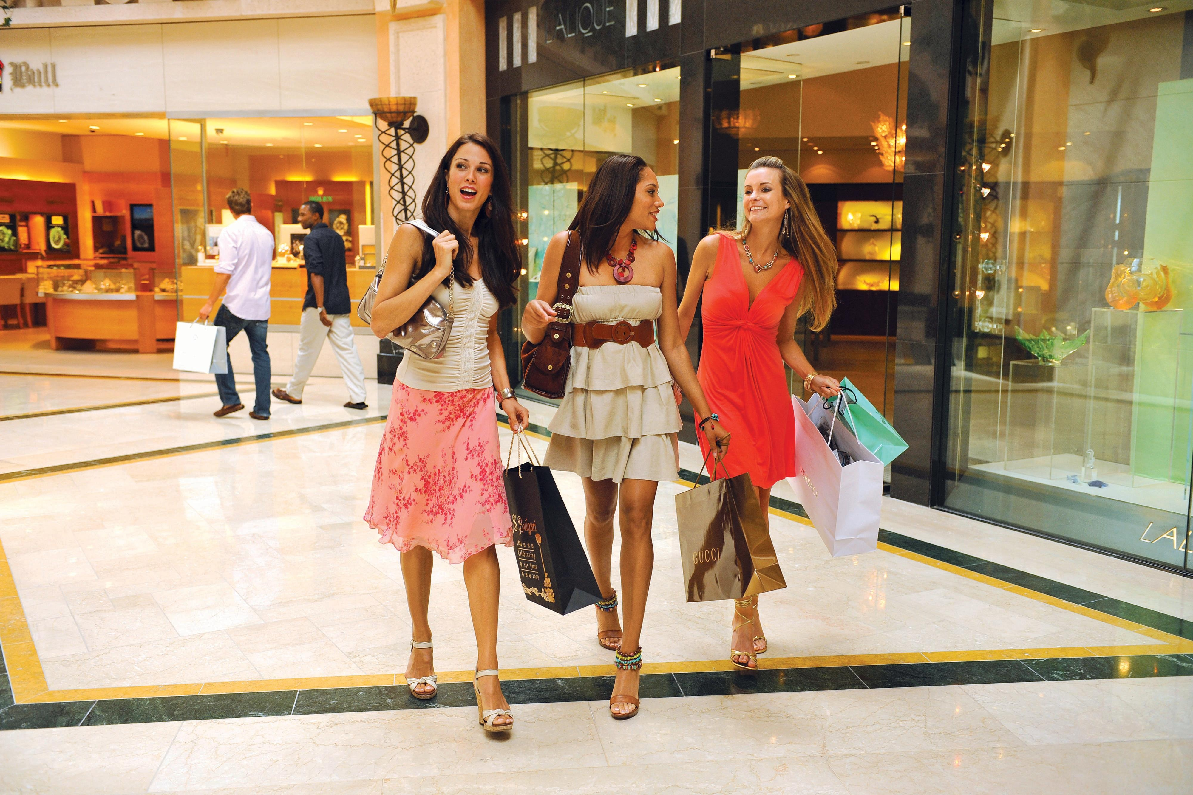 Compras na Crystal Court