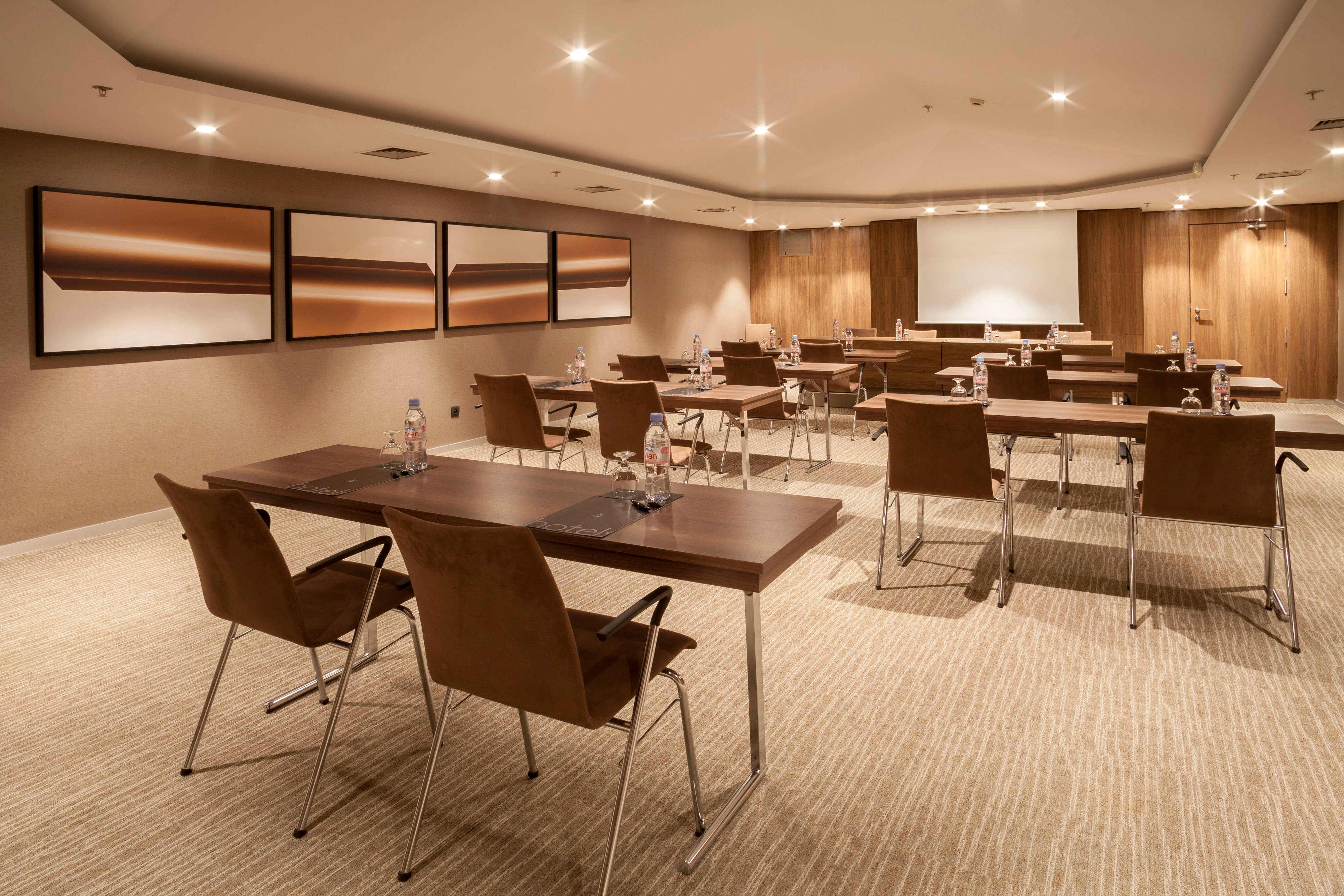 Meeting rooms near Nice airport