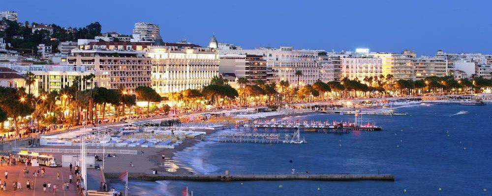 Cannes beachfront hotel