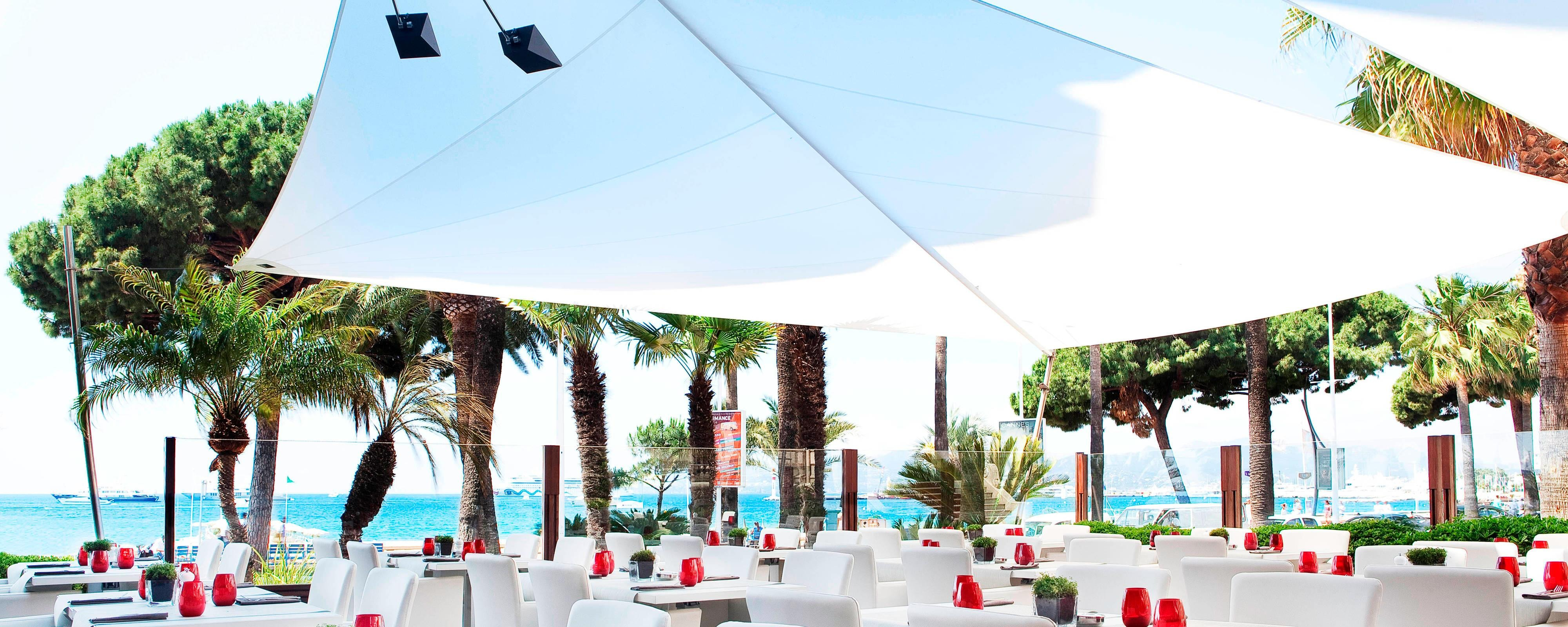 Restaurant in Cannes Suite+