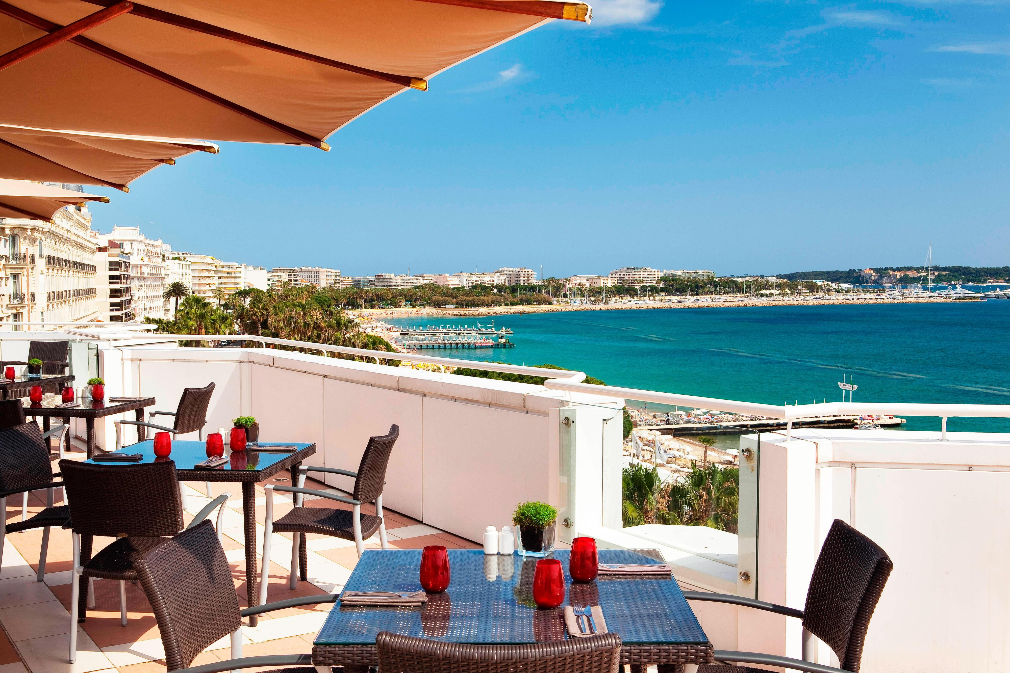 Cannes hotel  restaurant