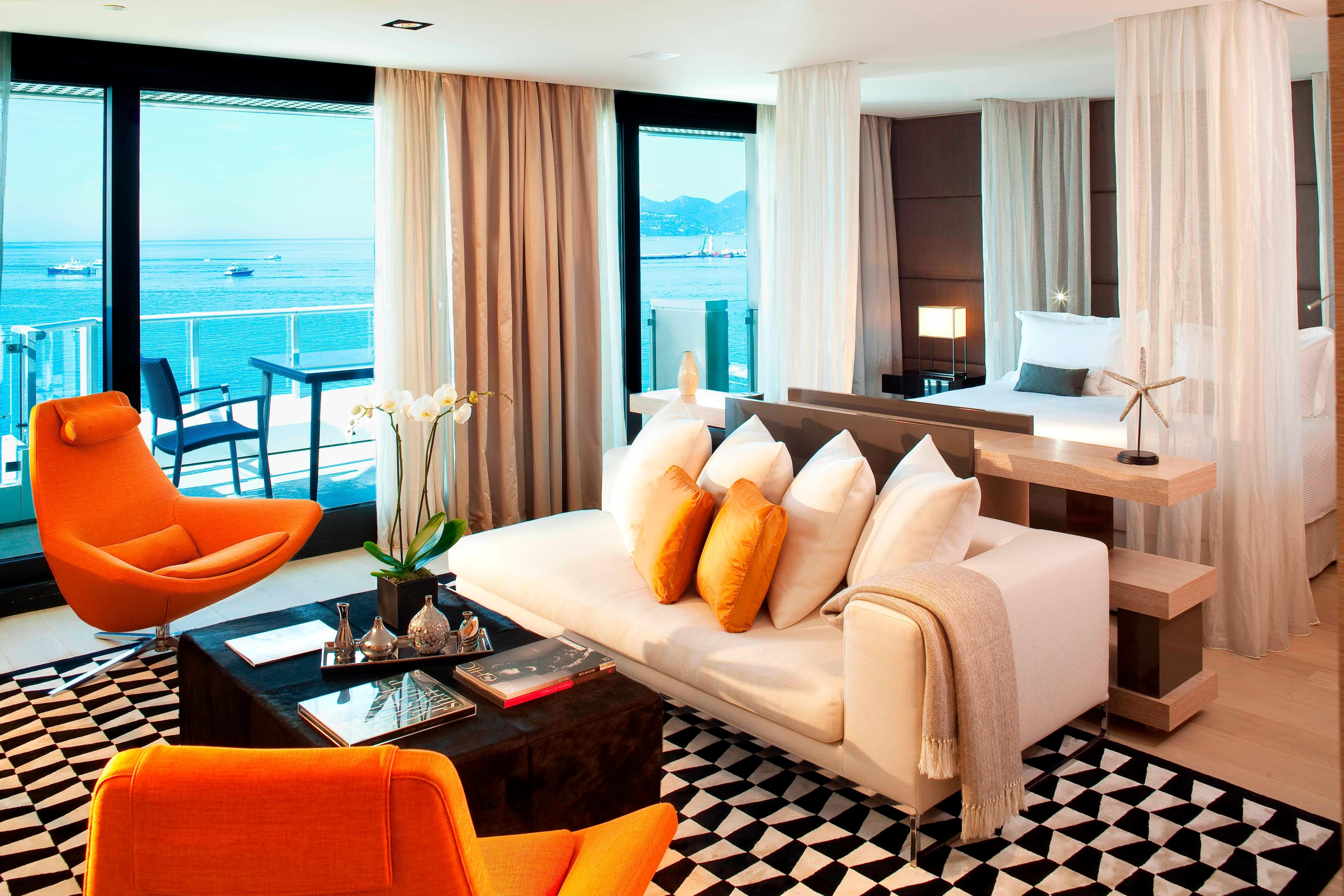 Presidential suite in Cannes hotel