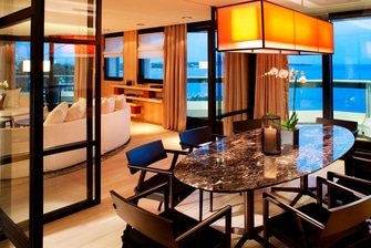 Luxury suite in Cannes hotel