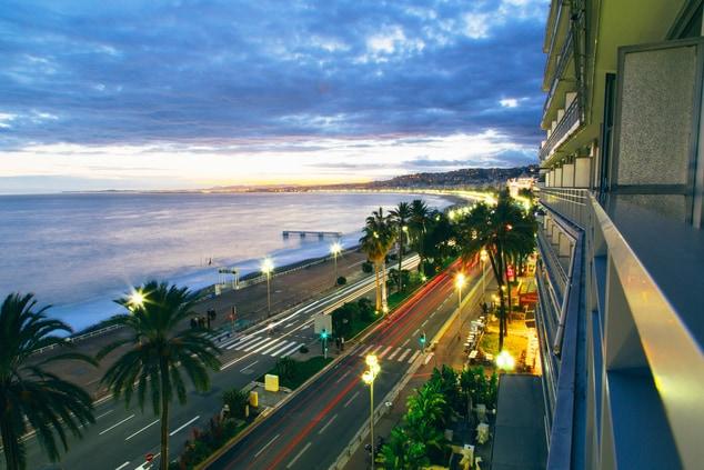 Inspiring Promenade des Anglais