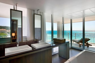 Panoramic Junior Suite - Bathroom