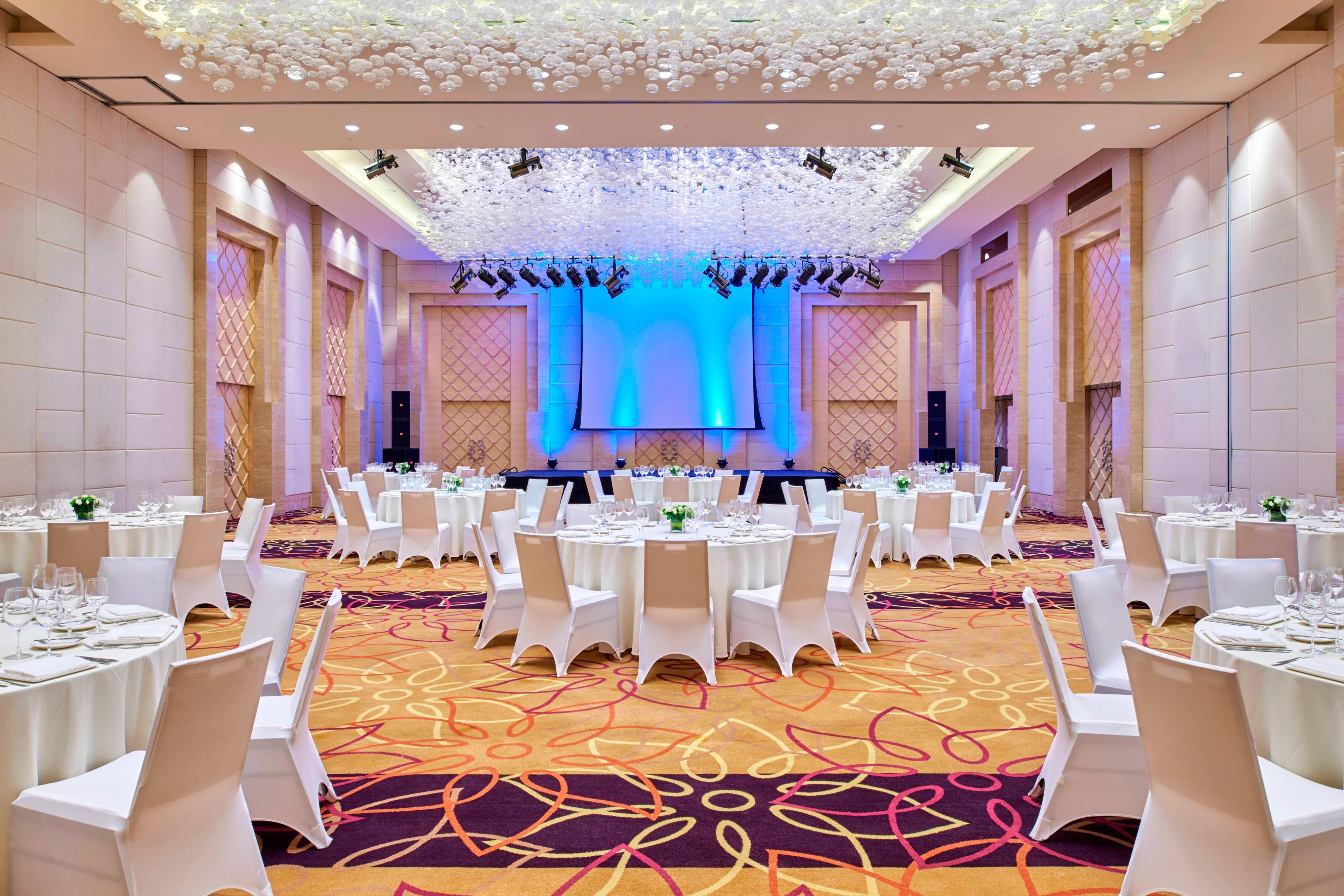 Grand Ballroom Banquet up