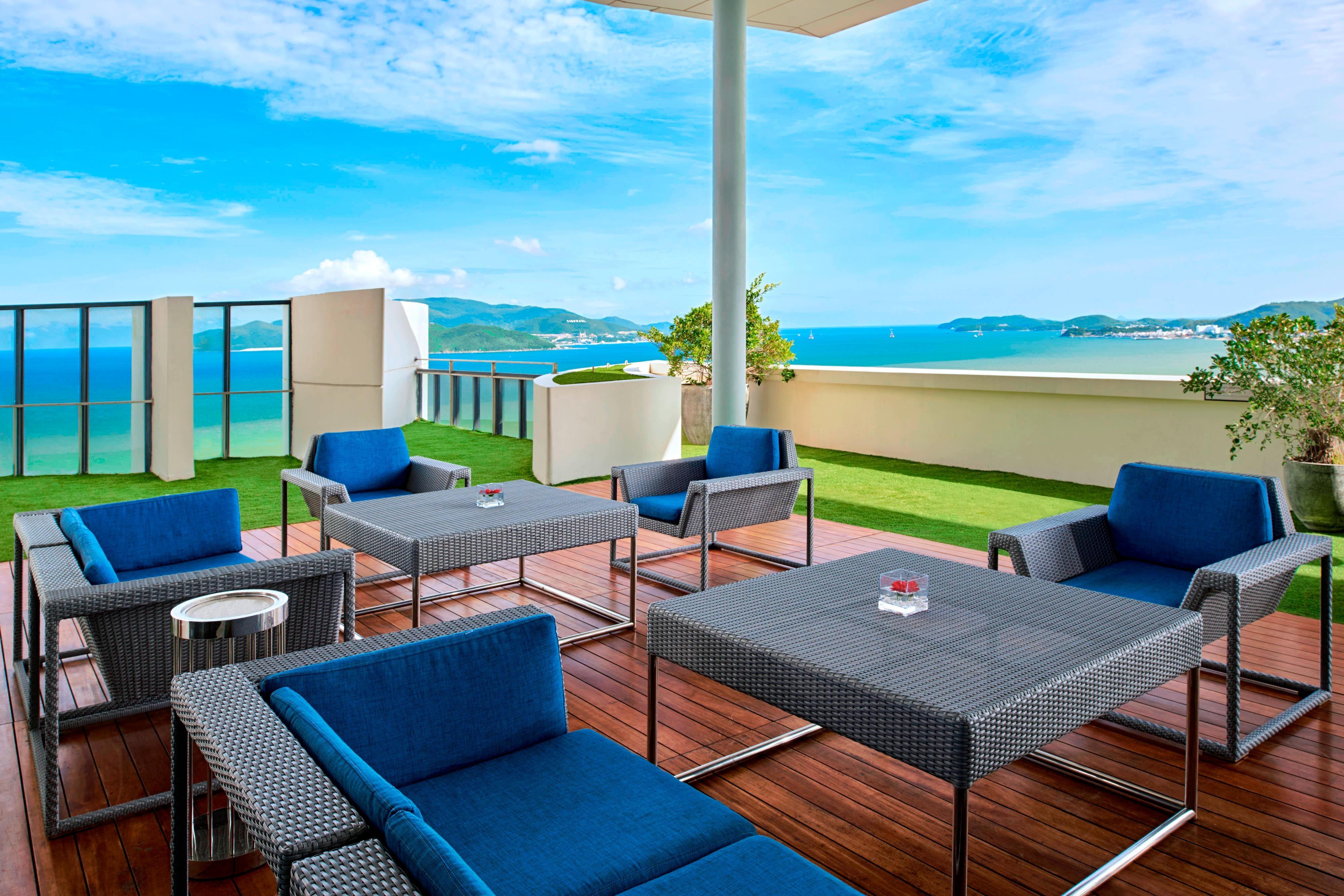 Sheraton Club Lounge -Terrace