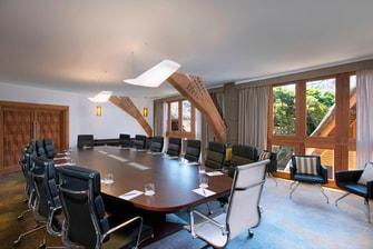 Pomea Boardroom