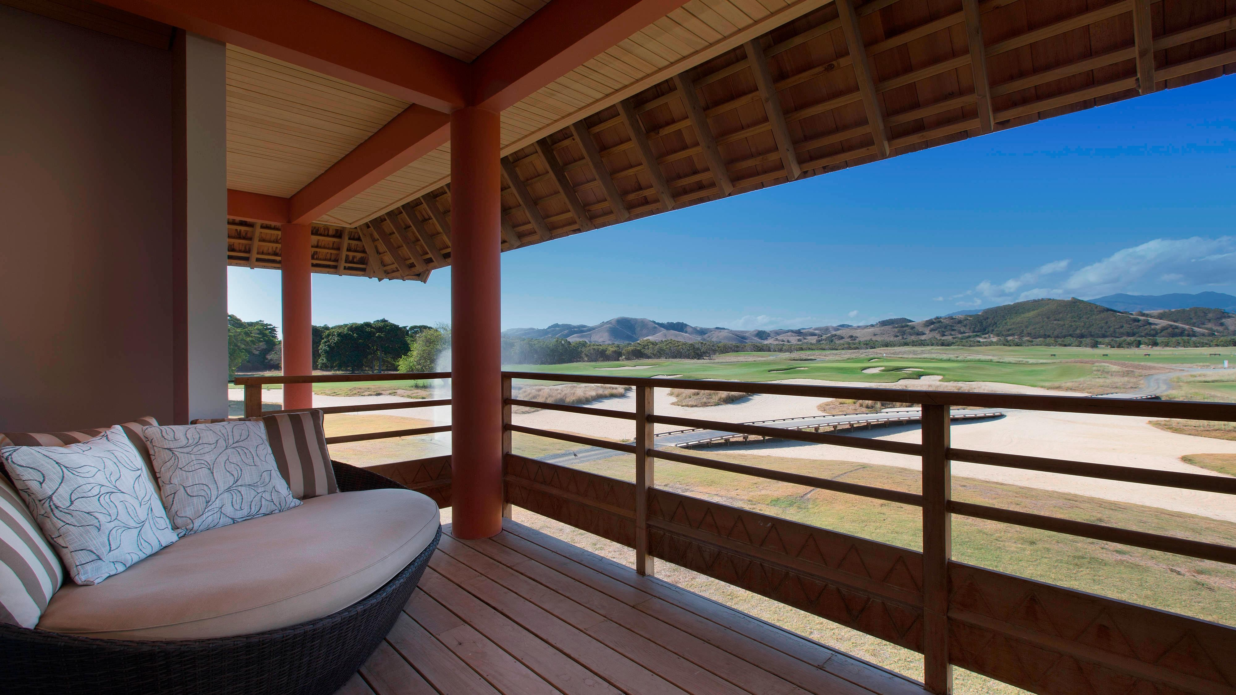Superior Golf Room terrace and View
