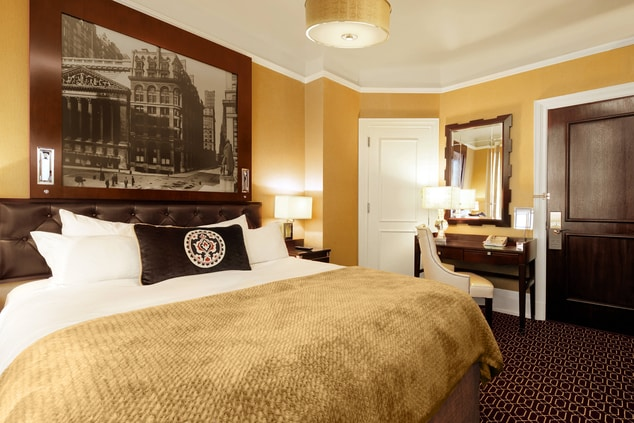 Times Square hotel king room