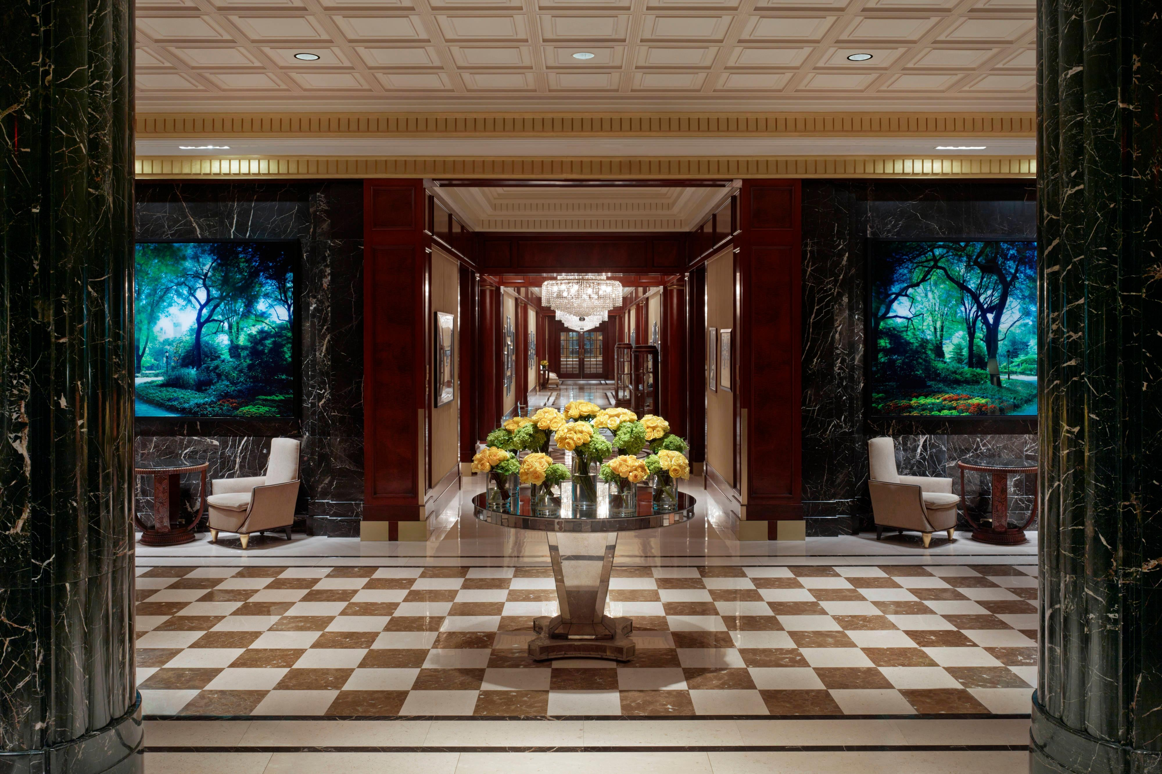 Lobby im Essex House, New York
