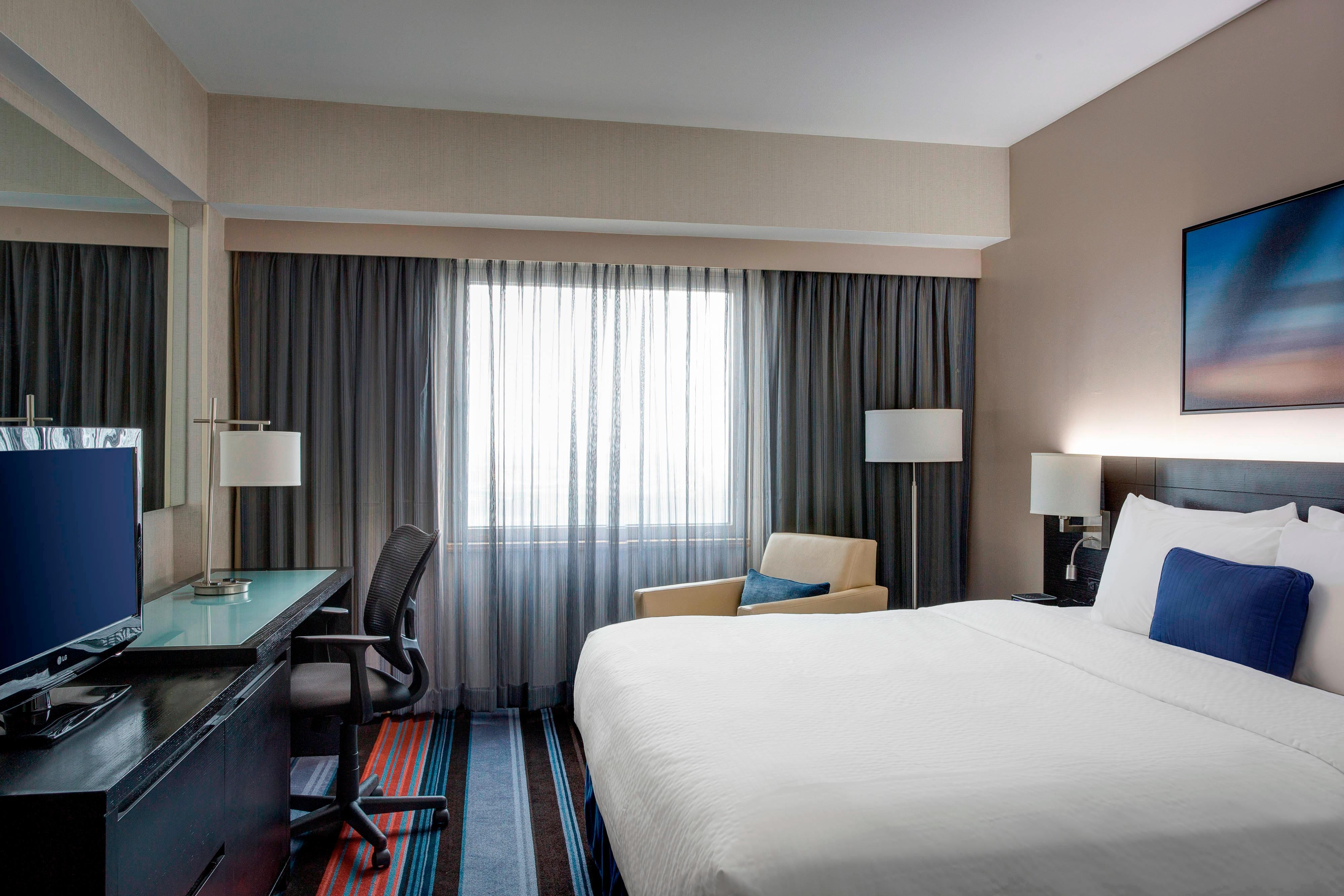 JFK International Airport Hotel Room